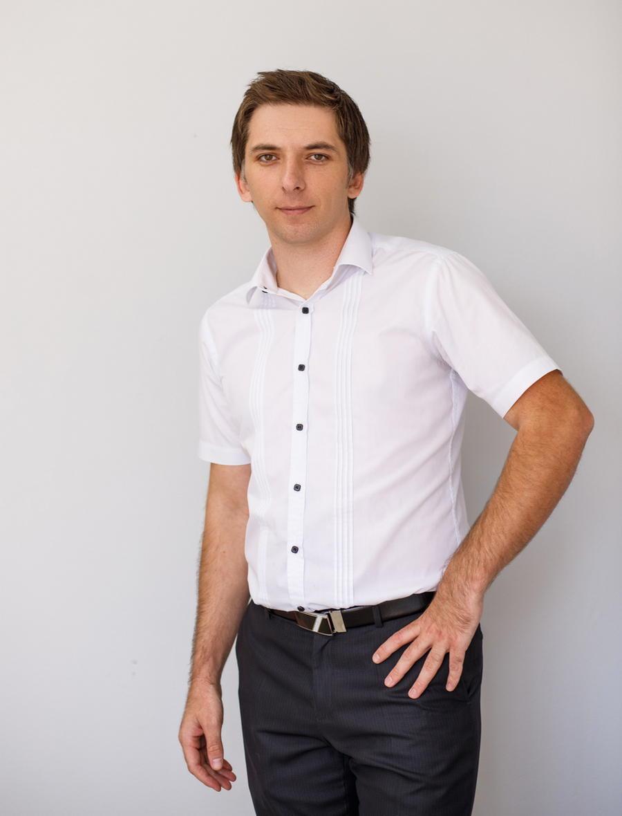 Каратов Антон